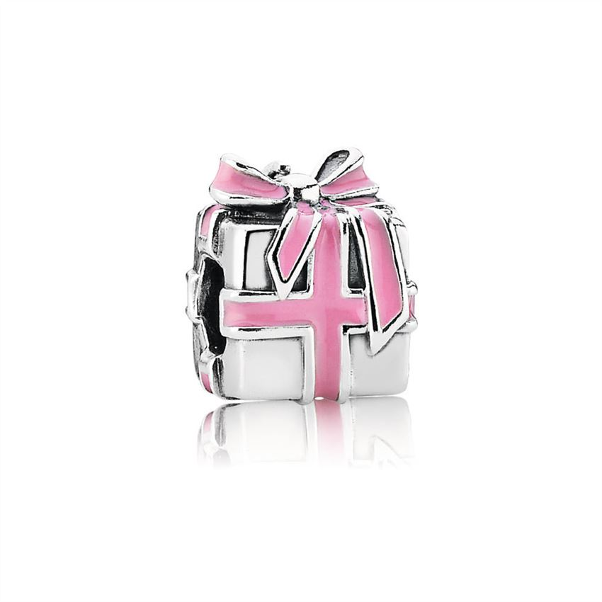 Pandora All Wrapped Up in Charm 791132EN24